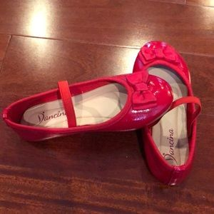 Girl's red shoes size 12T - Pristine Condition